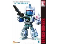 MN06 Ultra Magnus Transformers 2015 Exclusive